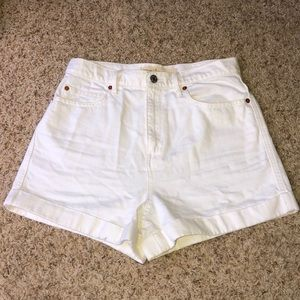 Gap White Super High Rise Shorts Size 28